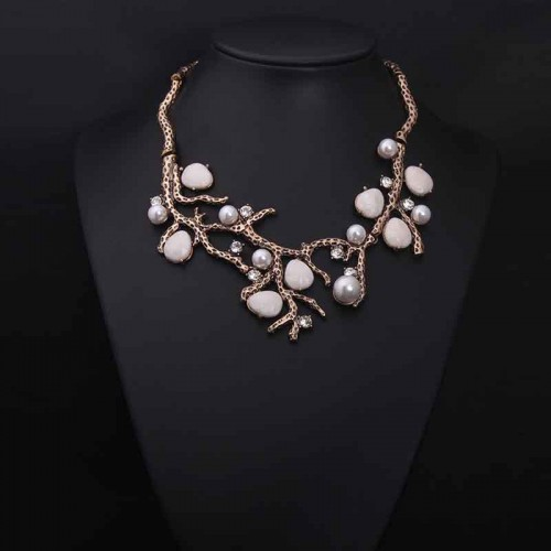 Vintage Pearl Rhinestone Short Necklace