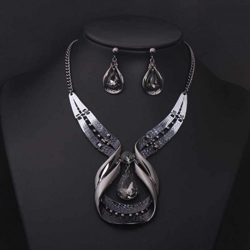 Ruby Tears Necklace Ear Ring (Set)