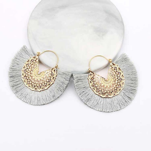 Tassel Fan Ear Ring (Grey)