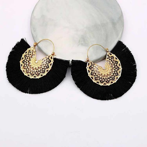 Tassel Fan Ear Ring (Black)