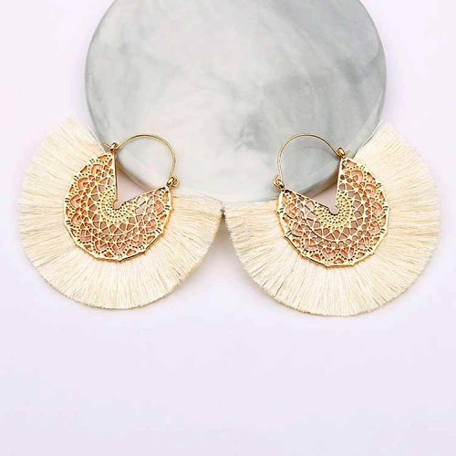 Tassel Fan Ear Ring (White)