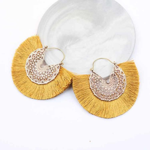 Tassel Fan Ear Ring (Gold)