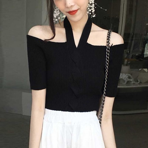 Hang Neck Top (Black)