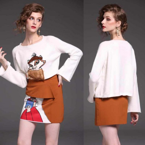 White Fox Embroidered Long Sleeves Sweater
